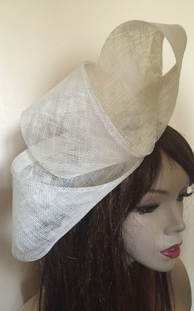 Cream TwisT Fascinator Hat by TwisT Fashion