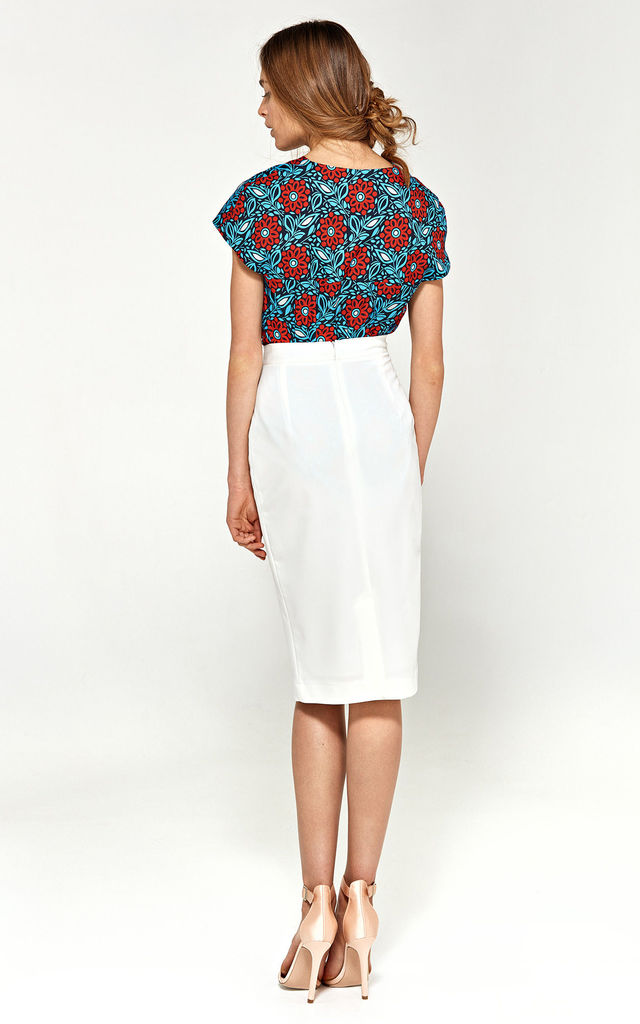 high waisted Pencil skirt in white by so.Nife