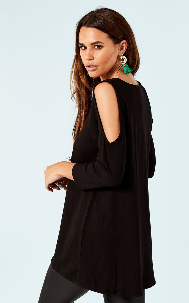 Black cold shoulder top by Bella and Blue