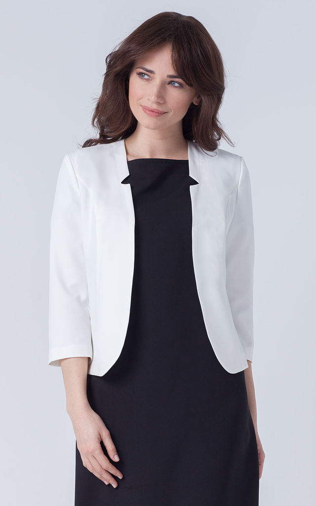 White Elegant Fitted Jacket Blazer by Makadamia