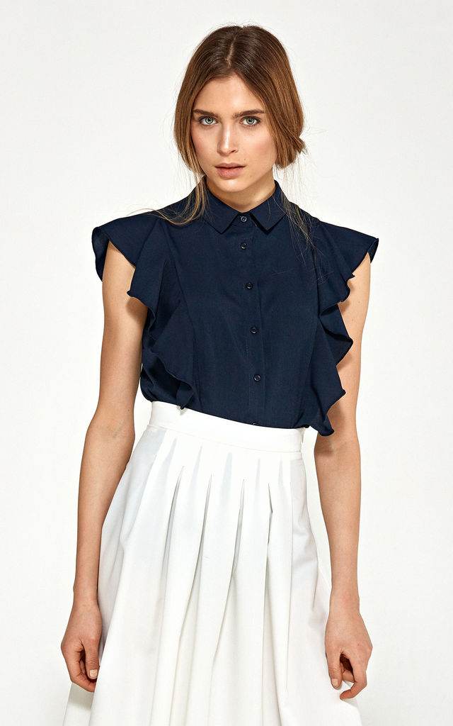 Blouse with short sleeves and ruffles - navy by so.Nife