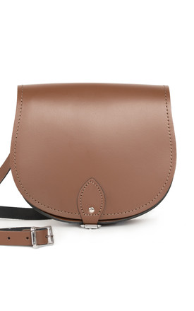 Avery Saddle Bag Dark Brown by Gweniss Product photo