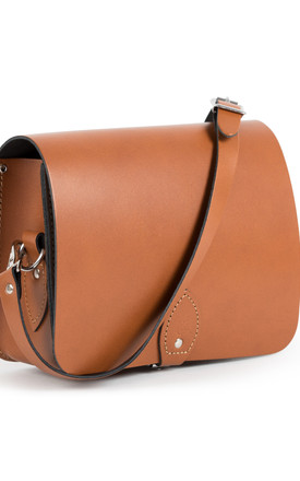 Riley Saddle Bag Dark Tan by Gweniss Product photo