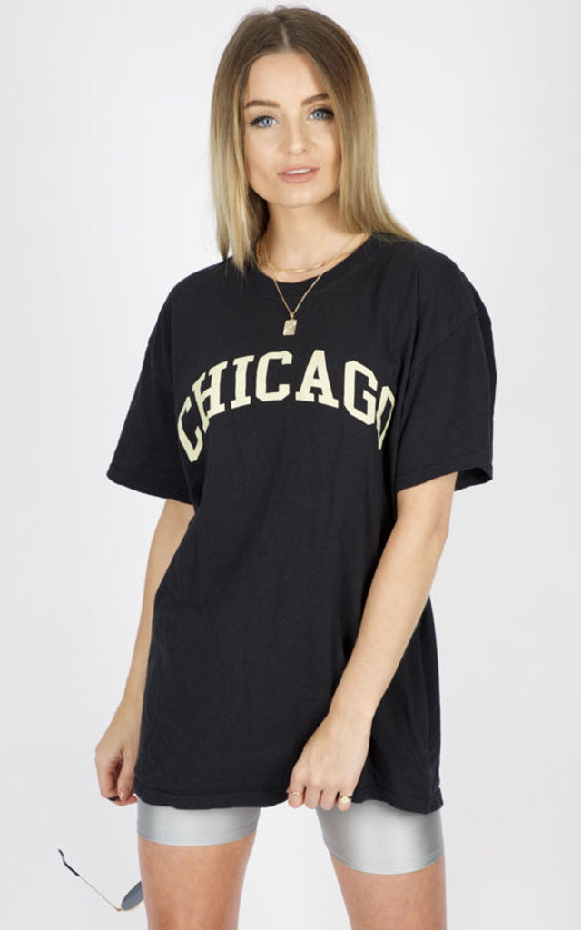 CHICAGO SLOGAN TEE-BLACK by Pharaoh London