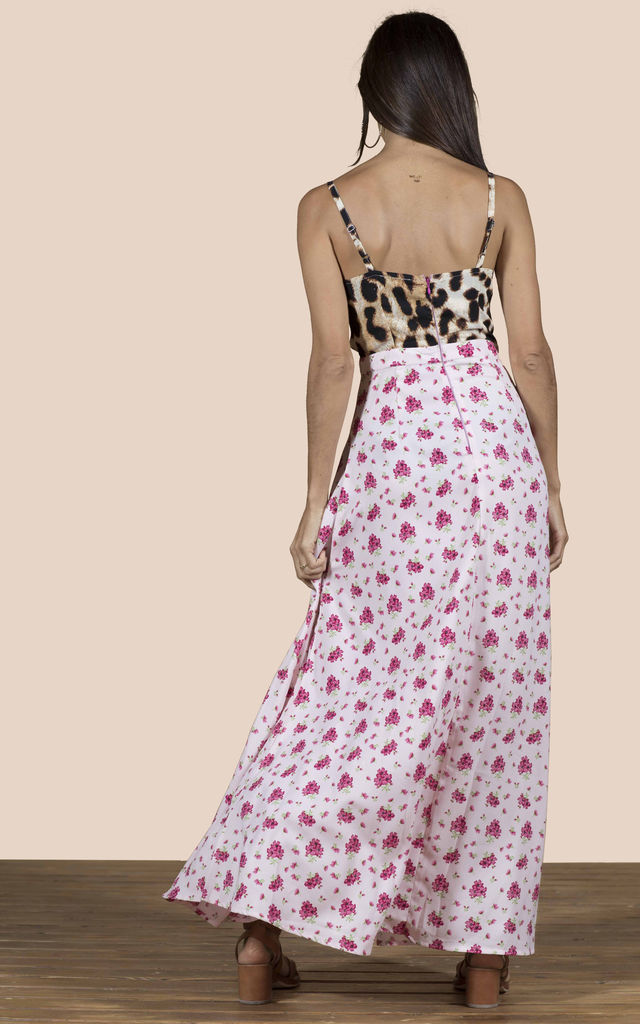 MALIBU DRESS IN PINK DAISY AND LEOPARD image