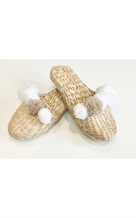 STRAW SLIPPERS WITH POMPOMS by Store WF