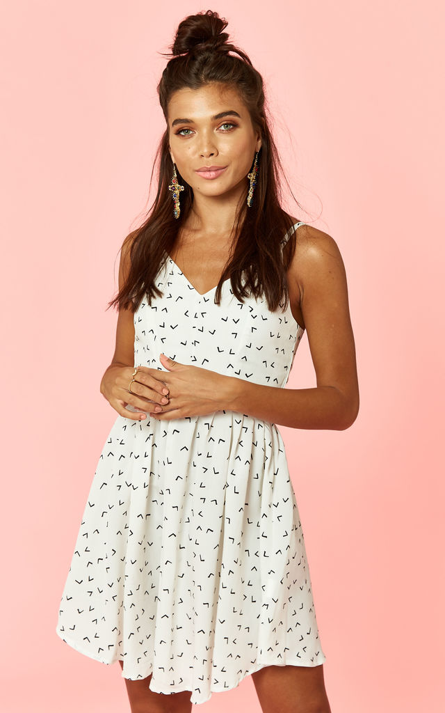 3dcff3e2c4a9 White Print Mini Skater Dress by Glamorous