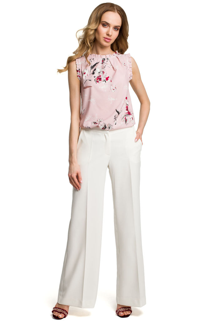 Wide Leg pleated Trousers in white by MOE