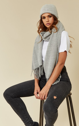 Light Grey Long Scarf And Wooly Hat Set by Pieces Product photo