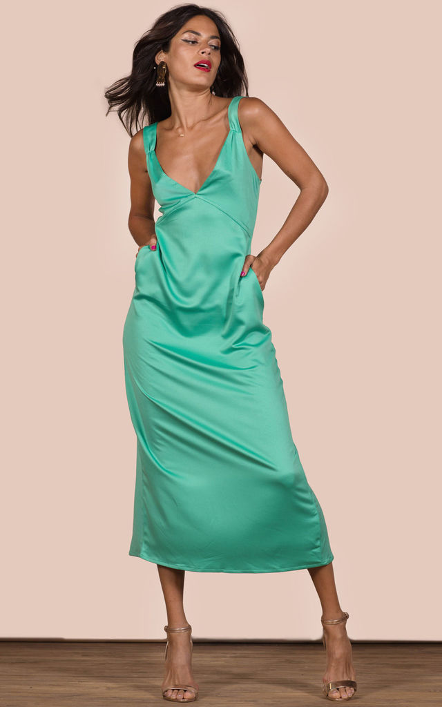VENICE DRESS IN GREEN image