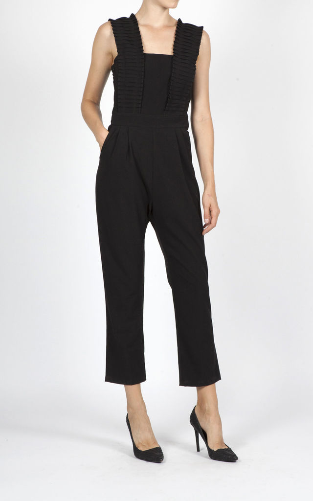 MOE PLEADED PANELS JUMPSUIT - BLACK by Jovonna London