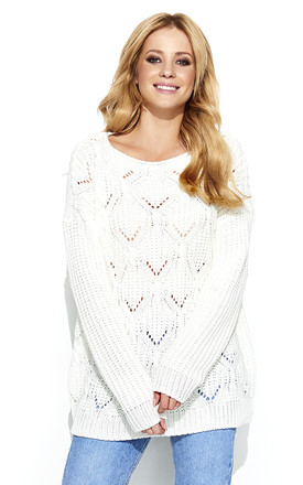 Knit jumper with diamond pattern in white by Makadamia
