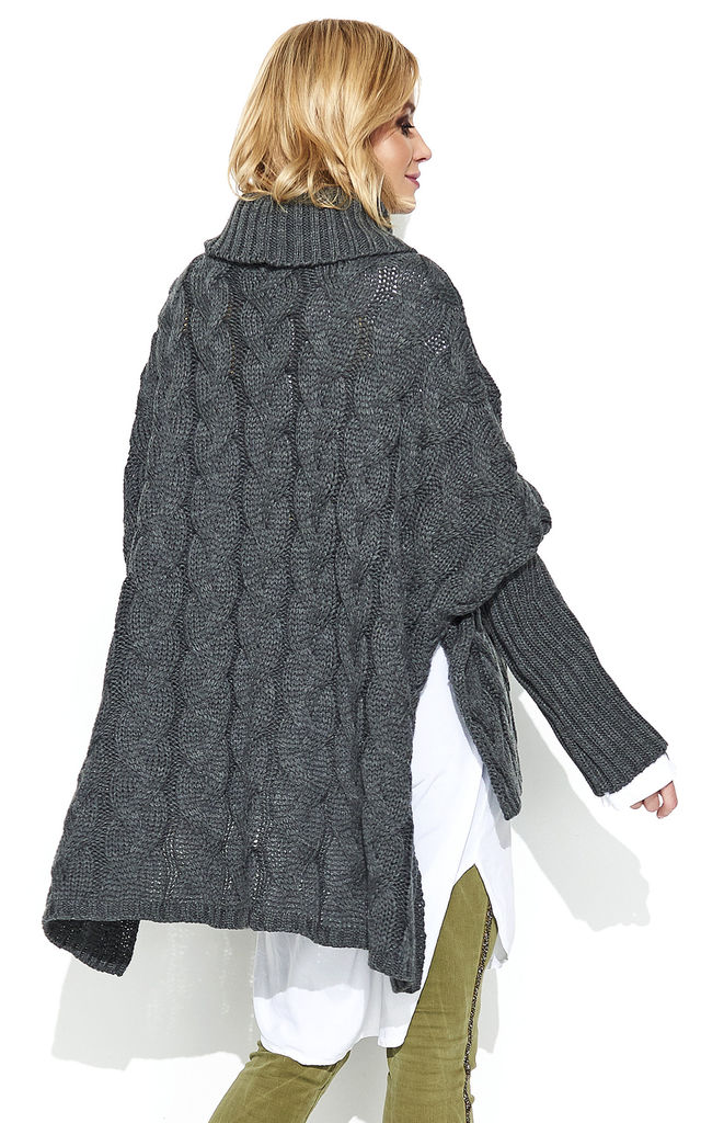 Braid Weave Oversized Jumper in Graphite Grey by Makadamia