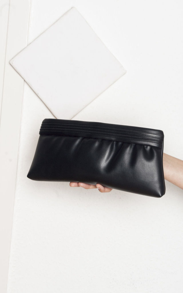 Faux leather clutch - 80s vintage purse by Pop Sick Vintage