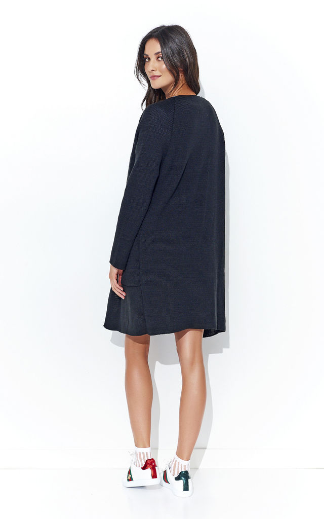 Black Long Open Cardigan With Pockets by Makadamia