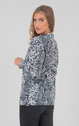 1ea16850 Snake Print Long Sleeve Over Size Shirt Blouses Top In Blue by Saint Genies