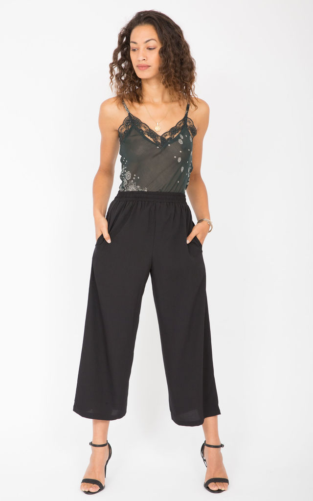 Wide Leg Culottes Black by likemary