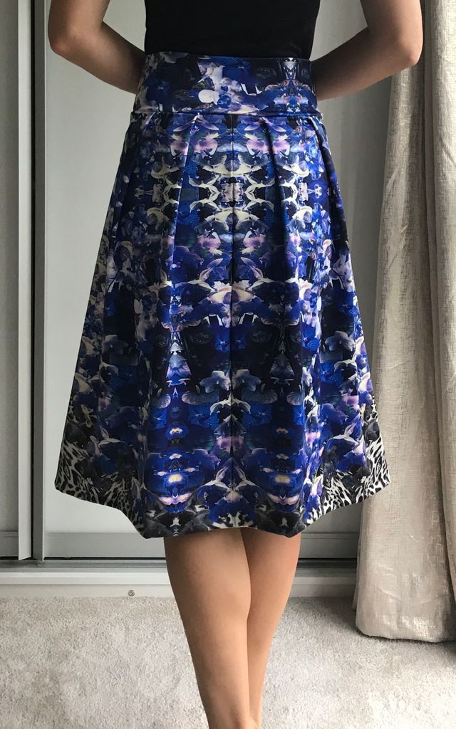 Leopard print and blue floral midi skirt by TwisT Fashion