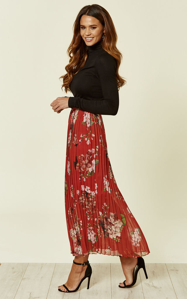 Red Floral Pleated Midi Skirt by URBAN TOUCH