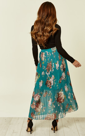 Green Floral Pleated Midi Skirt by URBAN TOUCH