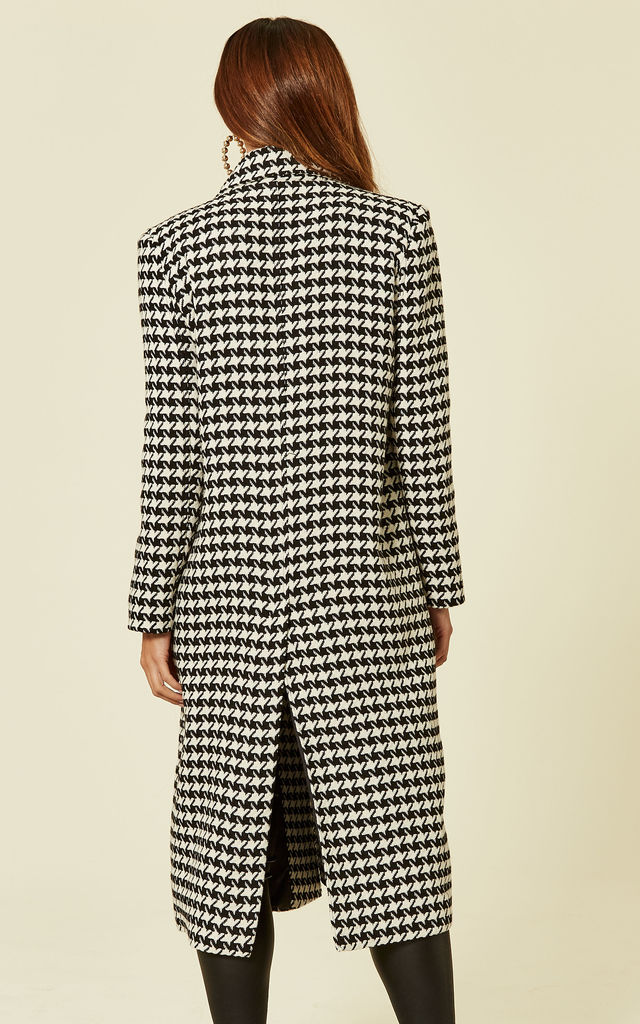 Houndstooth Wool Coat by Liquorish