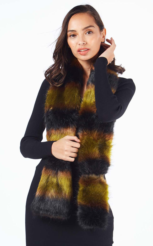 DANELLE – Faux Fur Khaki Neck Warmer by Blue Vanilla