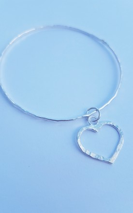 925 Sterling Silver Rustic Hammered Wide Love Heart Bangle - Hand Made by DOLLYS Jewellery Design