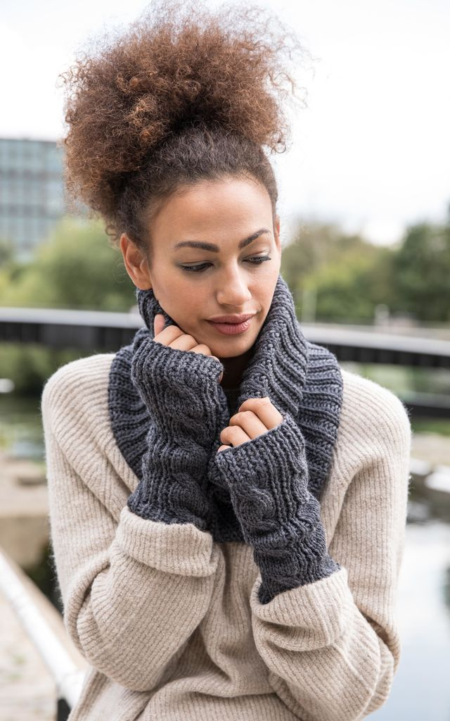 Merino Wool Infinity Snood Scarf Charcoal by likemary