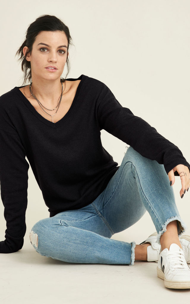 Jinhae ethical recycled merino wool jumper in black by VILDNIS