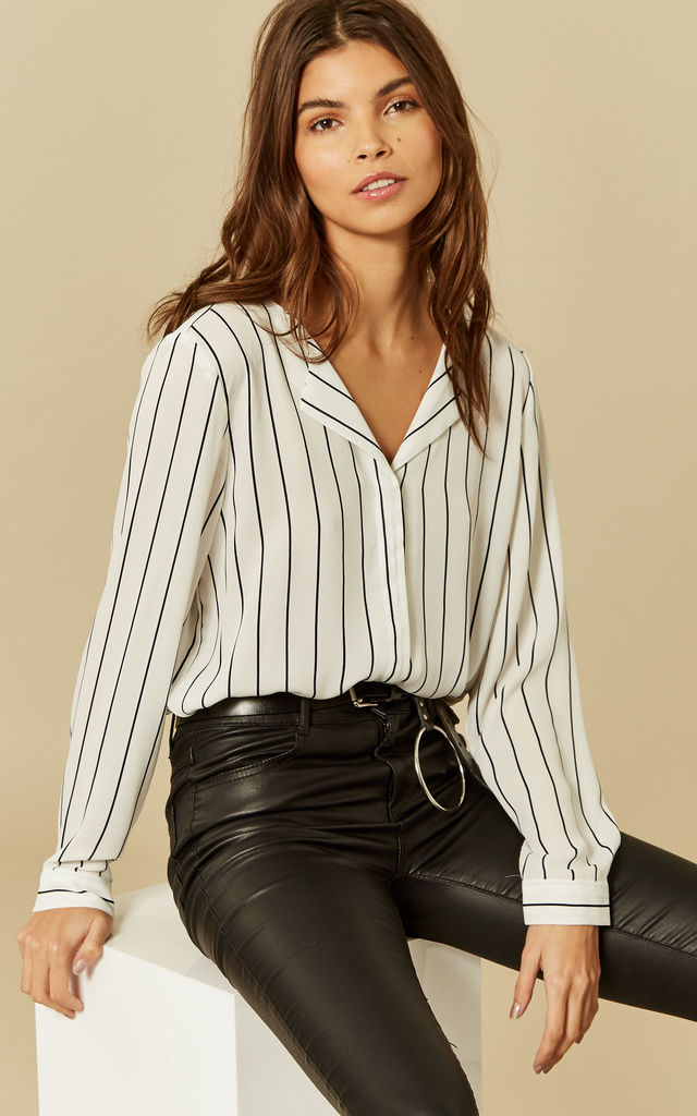 Snow White With Total Eclipse Stripe Long Sleeve Collarless Shirt by VILA