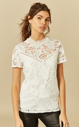 Cloud Short Sleeve Lace Top by VILA Product photo