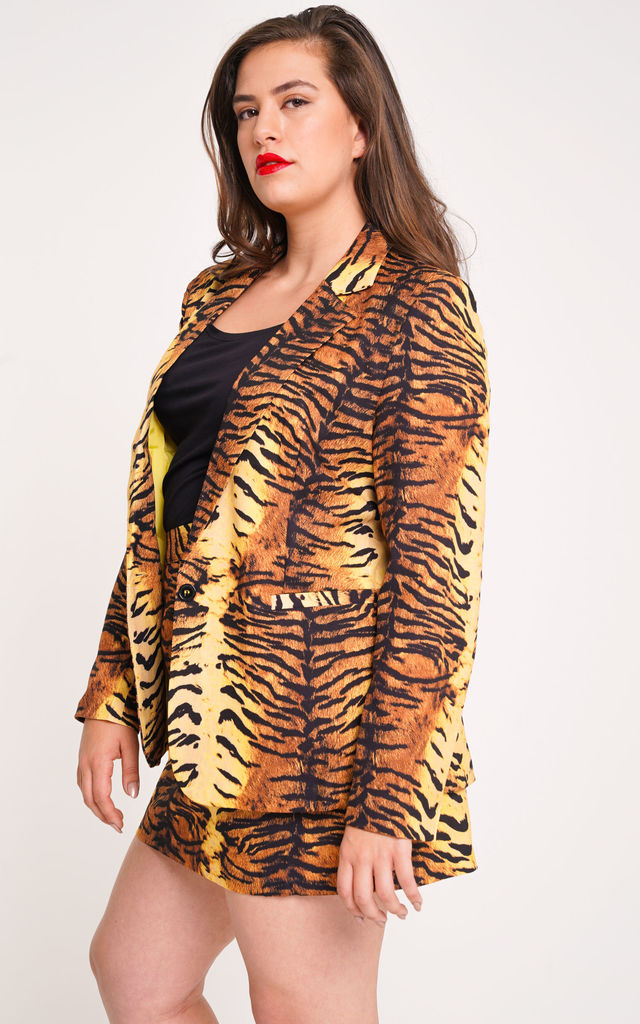 UNIQUE21 Plus Size Tiger Print Blazer by UNIQUE21