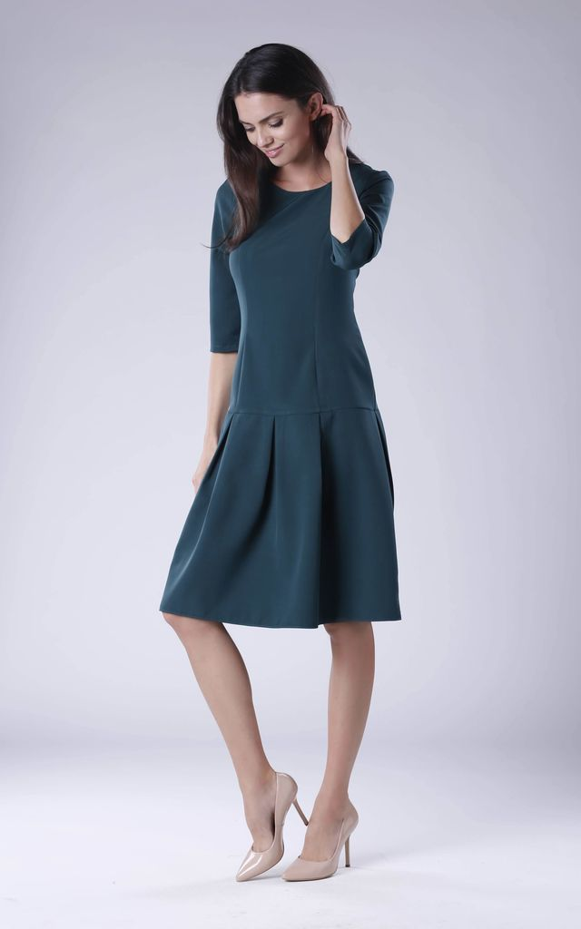 Green A-line Dress With Round Neck by Bergamo