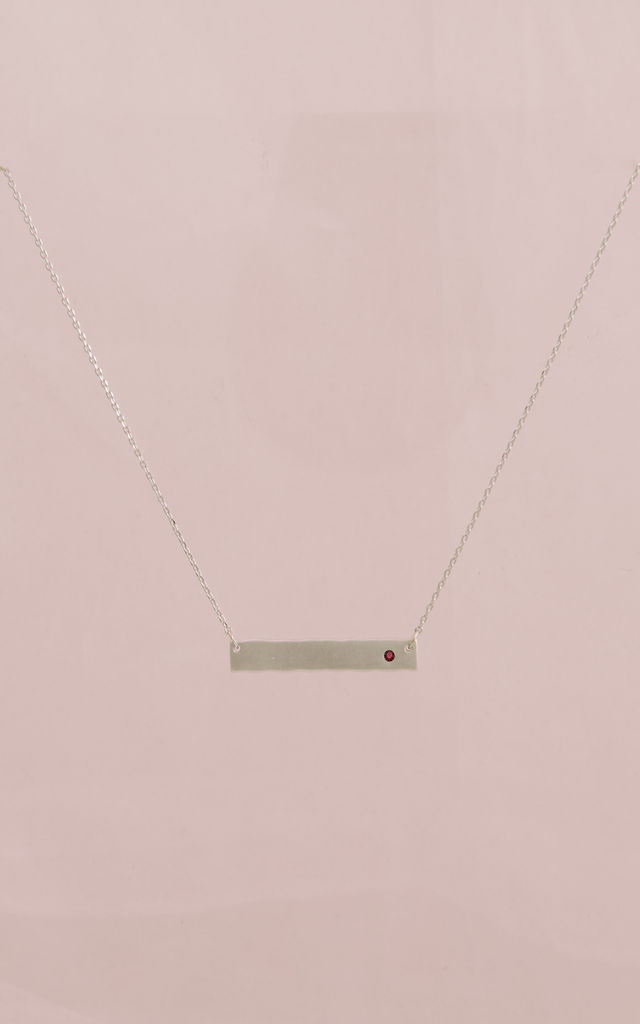 January Birthstone Garnet bar pendant (White gold) by DOSE of ROSE