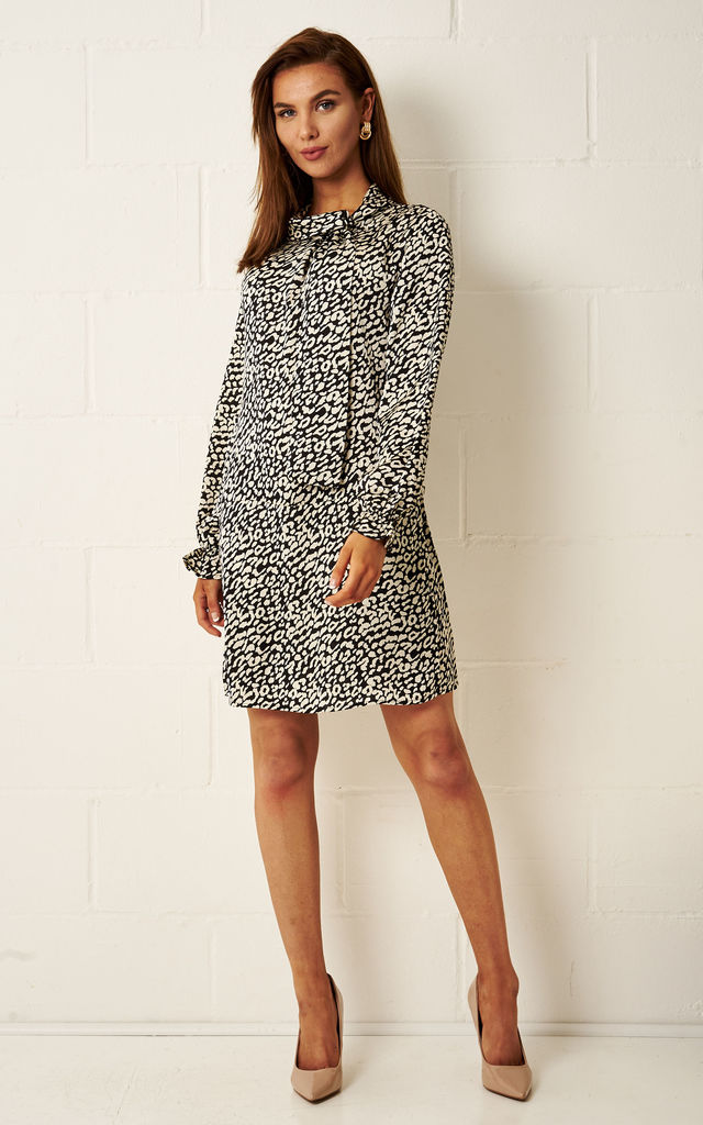 Viviene Cream Leopard Print Dress by Frontrow Limited