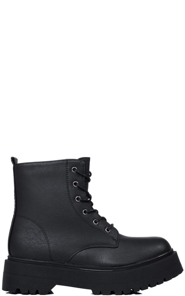 ASHBECK Low Combat Flat Ankle Boots - Black Leather Style by SpyLoveBuy