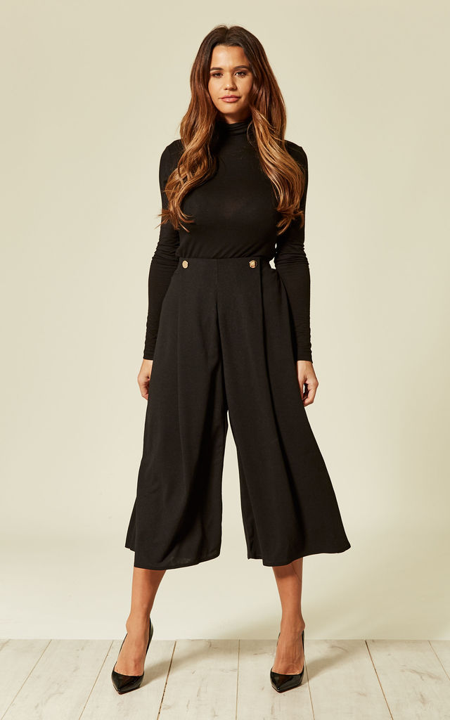 Black Pleated High Waist cropped trouser with buttons by Oeuvre