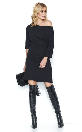 Black Off The Shoulder Knee Length Dress by Makadamia Product photo