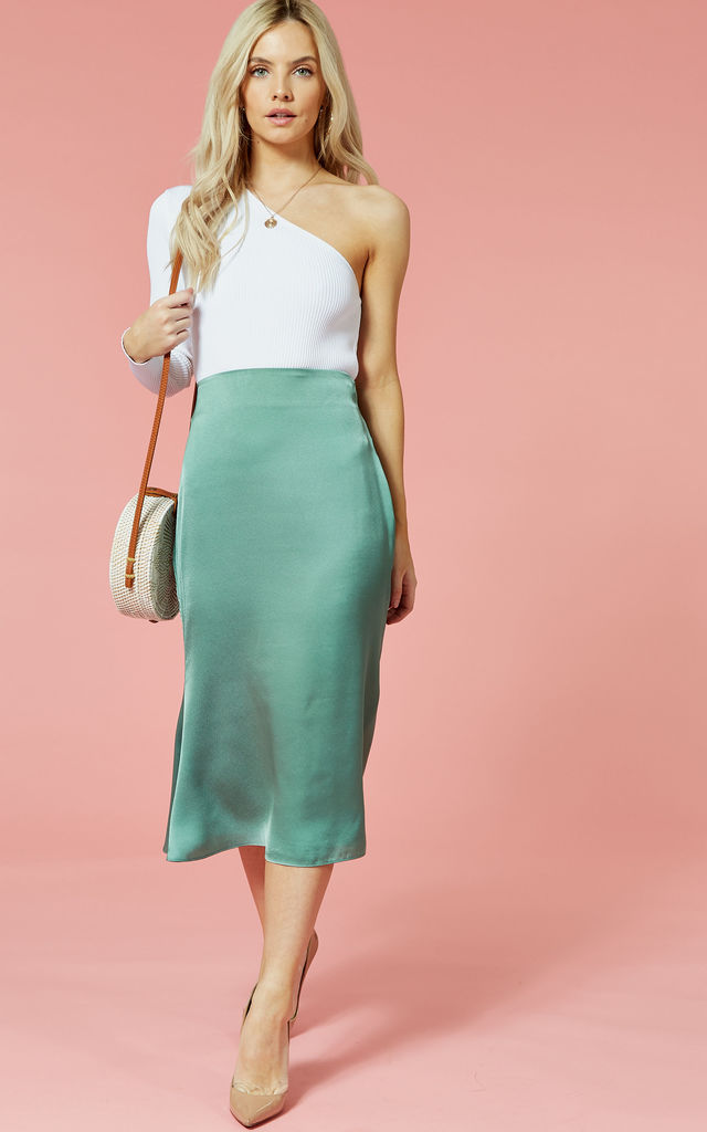 Green satin midi skirt by Glamorous