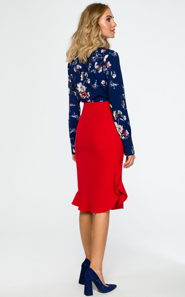 Red ruffle midi skirt by MOE