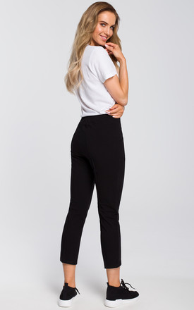 Black cropped jogging trousers by MOE