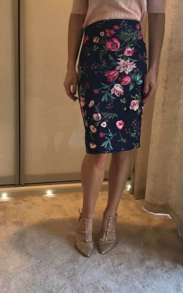 Navy pink floral pencil skirt, midi, perfect for a wedding or the office by TwisT Fashion