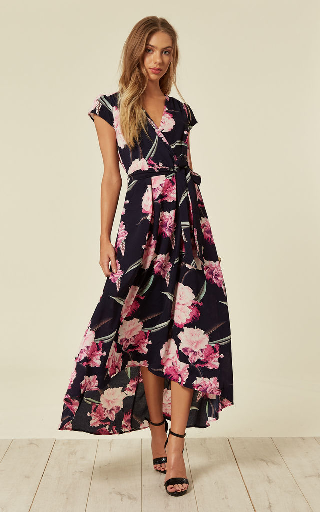 08c52a331534 Navy Floral Tie-Waist Dress by AX Paris