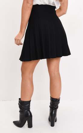 Pleated knit mini skater skirt black by LILY LULU FASHION