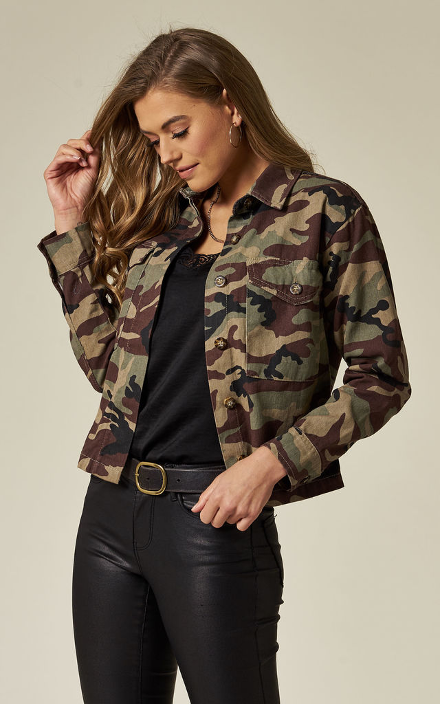 CONCRETE JUNGLE - CAMOUFLAGE MILITARY STYLE CROP JACKET by Wyldr