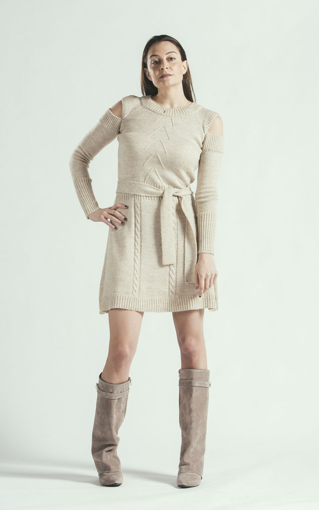Knitted belted beige dress with cashmere by E&A Fashion