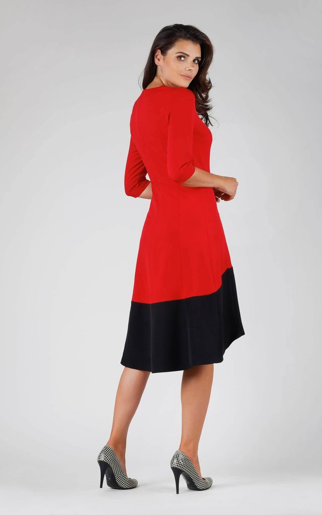 Red and Black 3/4 Sleeve Oversized Dress by Bergamo