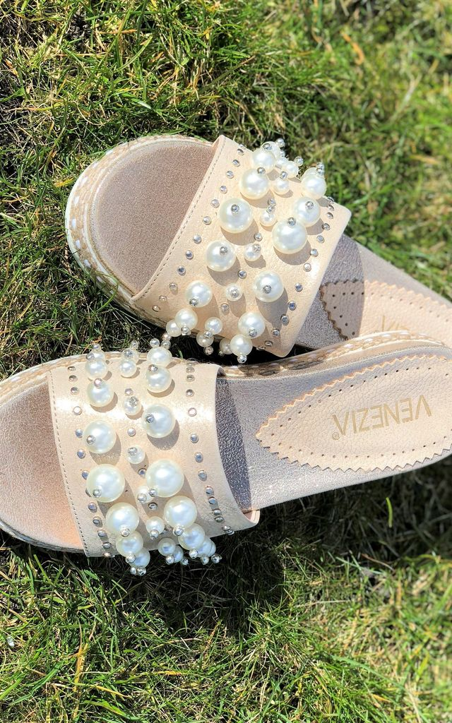 BEA GOLD FLAT LEATHER MULES WITH PEARLS by E&A Fashion
