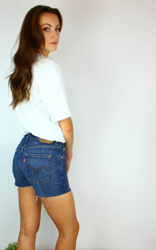Vintage Levi's Denim Shorts w Red Tab by Re:dream Vintage