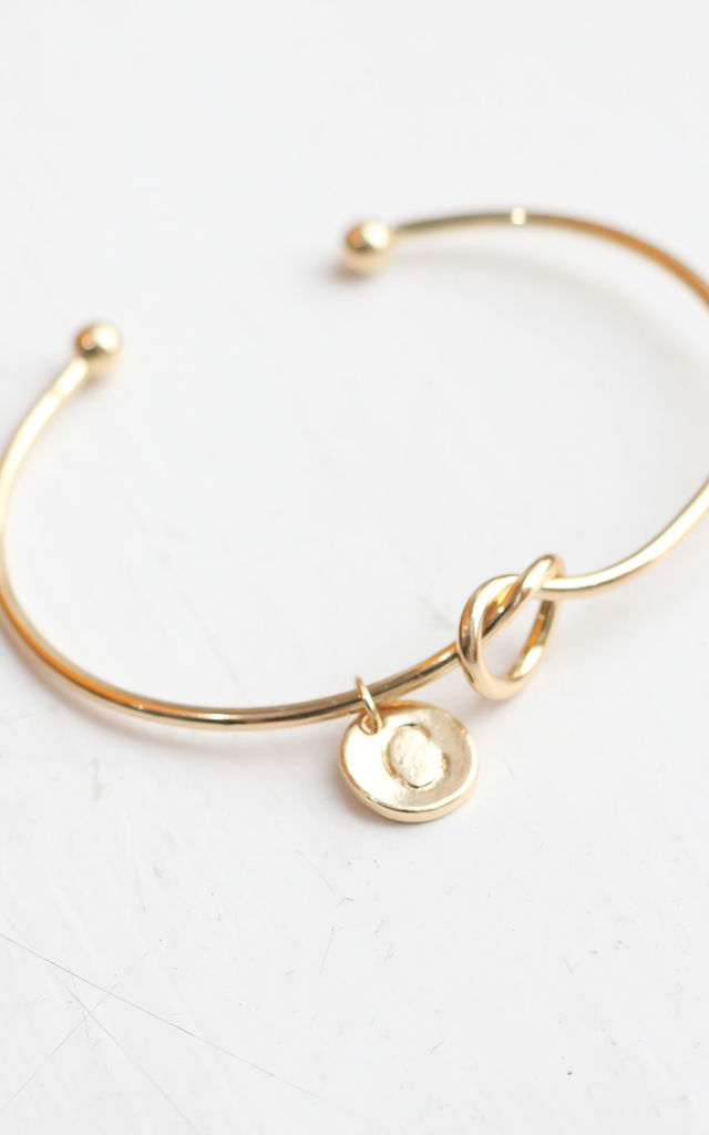 Gold knot Bracelet with Personalised Initial Charm - C by FreeSpirits